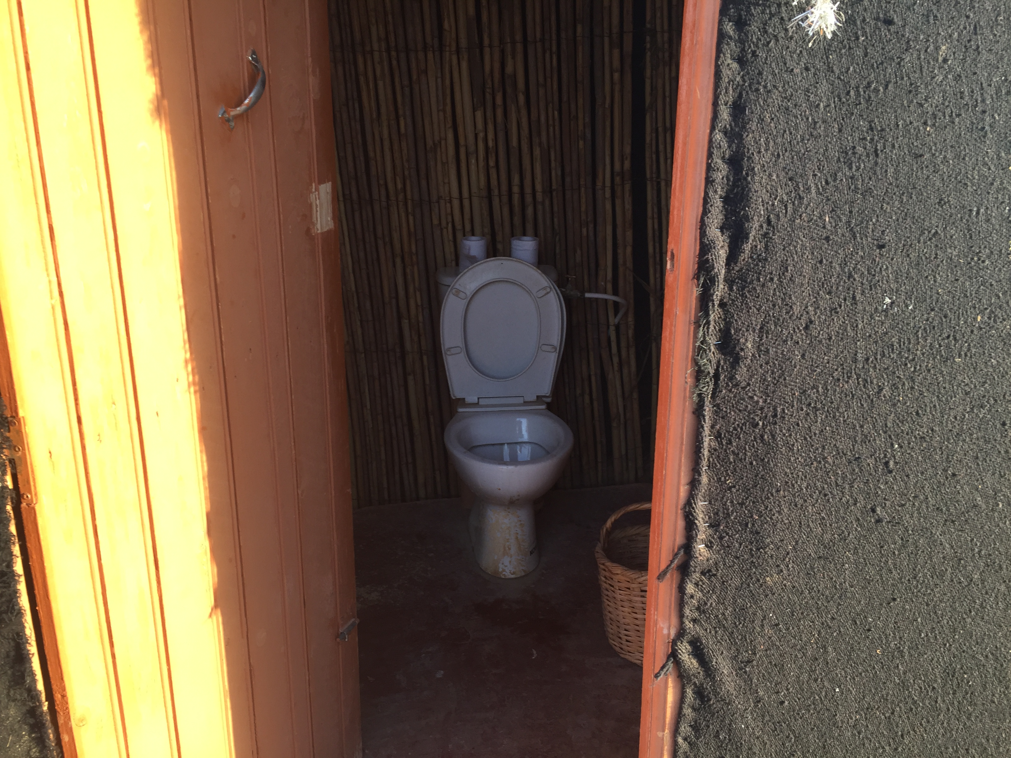 toilet in sahara