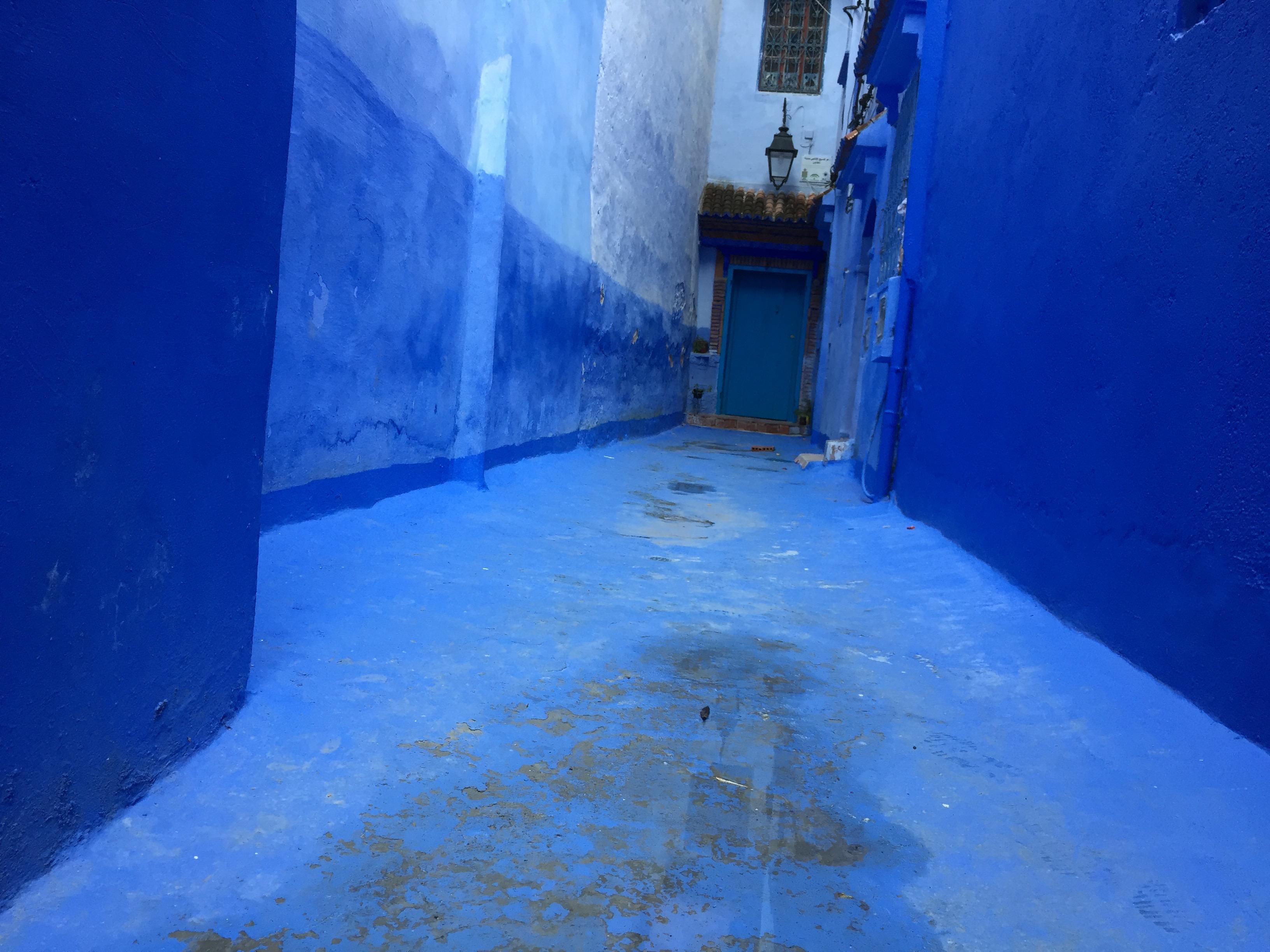 見るもの全てが青い!モロッコの秘境シャフシャウエン